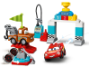 LEGO® set: 10924 - Lightning McQueen's Race Day